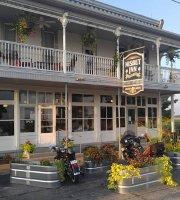 Nisbet Inn