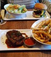 Oakroom Grill