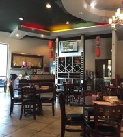 Weng's Wok Asian Bistro