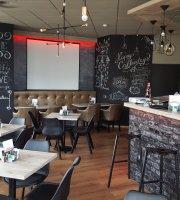 Caffe Amico Play's