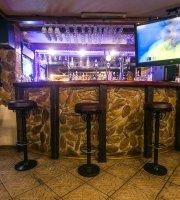 """Okhotnichiy Bar """"Na Rogakh"""""""