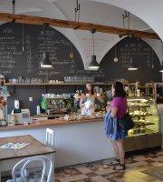 Strapata Bohunka Bistro & Cafe