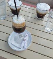 Dell Mare Cafe