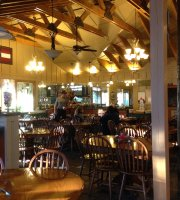 Dining at Historic Banning Mills Lodge