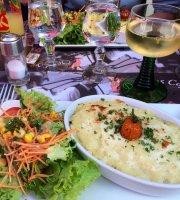 Des Lys Cafe'
