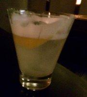 Tom Sour Cocktail Bar