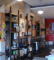 Puzzle Gourmet Store & Cafe