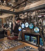 Kings Head Hotel, Eatery & Coffee House