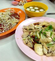 Onn Kee Restaurant (Tauge Ayam Kue Tiau)