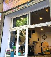 Clandestino Cafe Bar