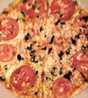 Juno's Pizza
