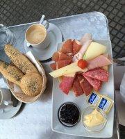 Forn Cafe