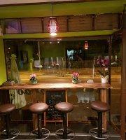 Phayao Take Away & Restaurant