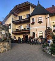 Restaurant in Turisticno Vinogradniska Kmetija Hlebec