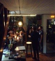 Le BaRil Wine Bar & Deli