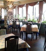 Restaurant Cafe Elle Bon
