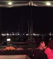 Cafe Ro Restaurang and Bar