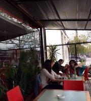 Cafe Punto C