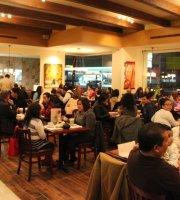 Cafe de la Flor - Macroplaza