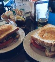 Cafeteria Las Torres Iii Restaurante