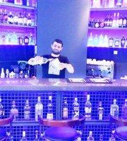 Amici Karaoke Bar