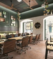 Petit Gateau Cafe