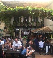 La Parra Bar & Cafe