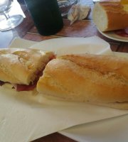 Andrea Cafe