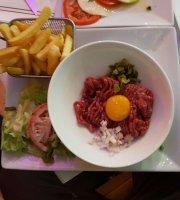 Cafe le Petit Cluny