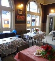 Sweet Station Cafe