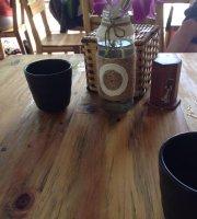 Green Garden Hue Cafe & Restaurant