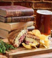 Chatsworth Pub