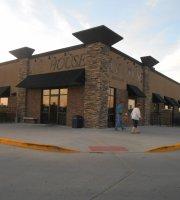 Ice House Restaurant & Sports Bar