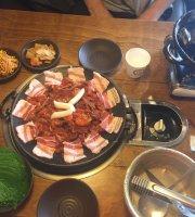 Myeongdong Al Ssam Fire Octopus