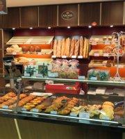 Fischer Boulangerie-Bakes