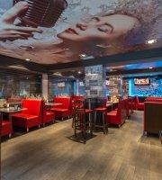 Romantic Bar