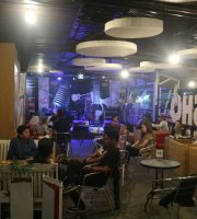 Refresho Coffee & Cafe
