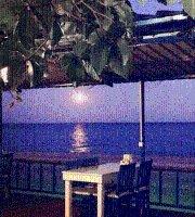 Tutku Restaurant Mavi Yengec