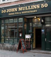 ‪John Mullins Irish Pub‬