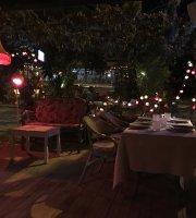 Delice Restaurant & Bar