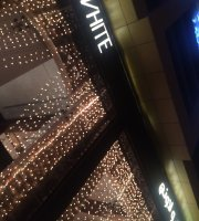 Off White Restaurant & Lounge