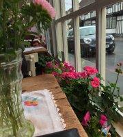 Rosebud Tea Rooms Charing