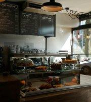 Cafe Gibbon