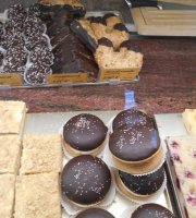 Loiri Nunne Bakery Pastry Shop