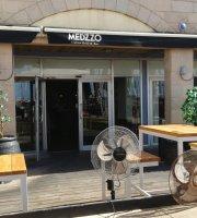 Restaurant Medzzo