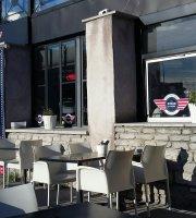 Score Bar & Restaurant