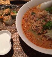Thai Restaurant Tom Yam Kun