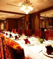 Thanying Restaurant (Amara Hotel Lvl 2)