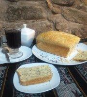 Mamukis Cafe Restaurante