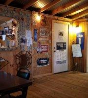 Jo's bar & Grill